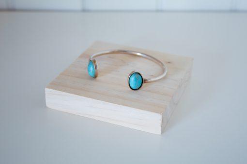 Expositor plano para pulseras y anillos