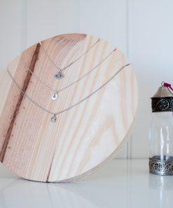 Busto collar de madera