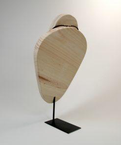 busto collares de madera 1