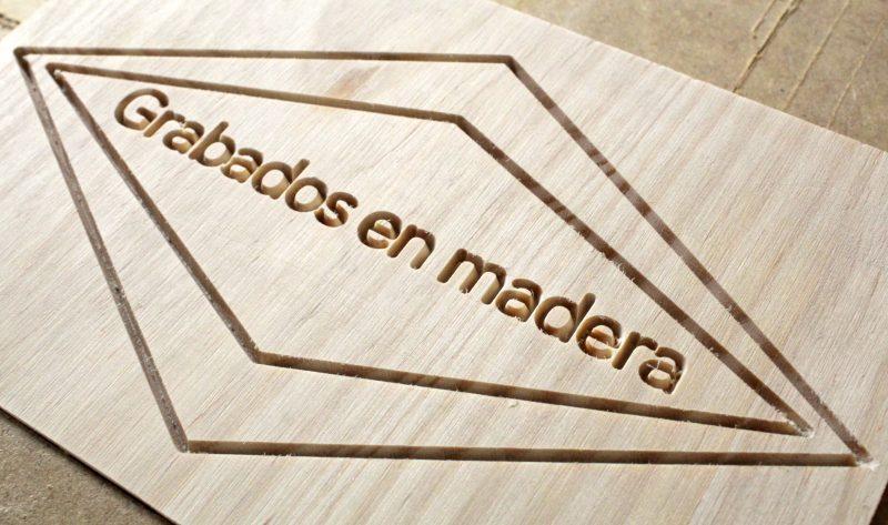 Foto Grabado CNC en madera de pino