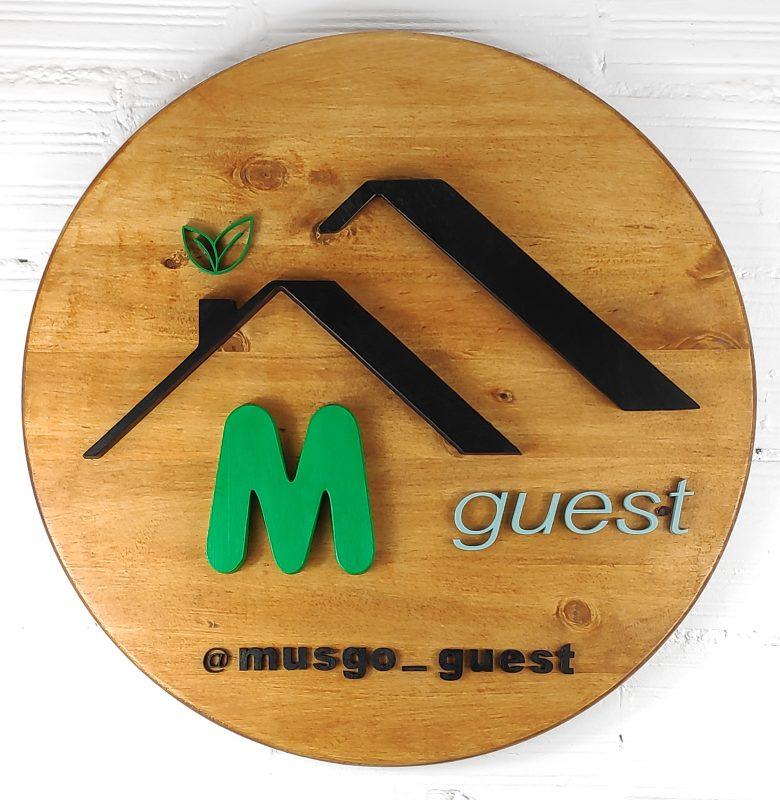 Cartel de madera para inmobiliaria