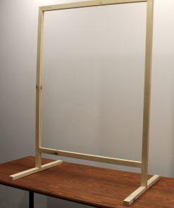 Mampara mostrador anticontagio con ventana