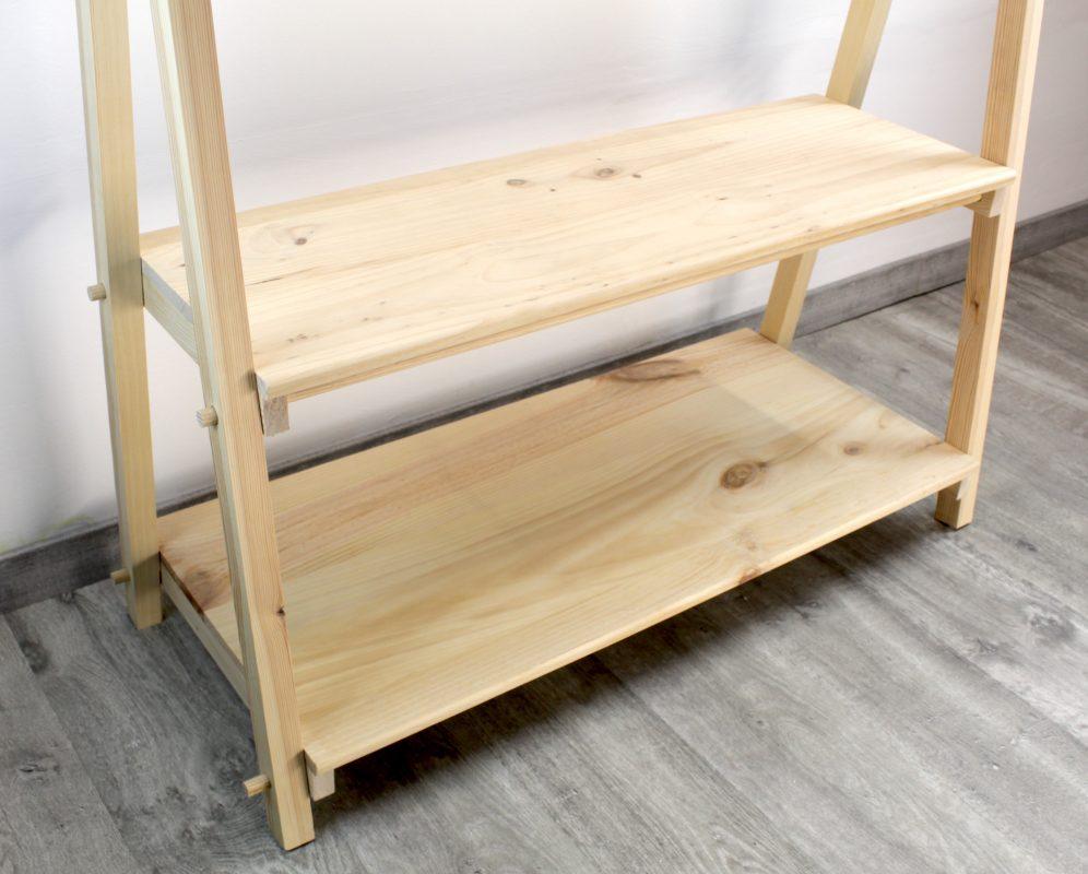 Perchero de pie en madera 100% sostenible