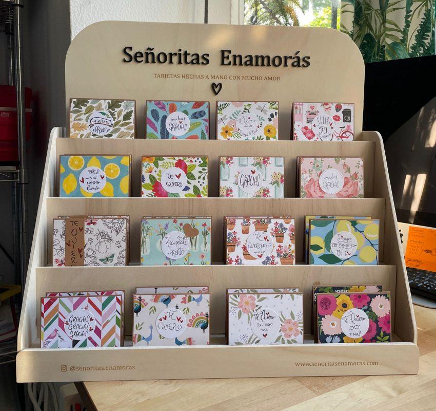 Expositor display tarjetas personalizadas